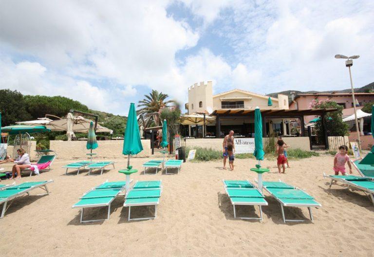 ALBATROS_Spiaggia_Risto